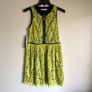 NWT Kensie Dresses Women's Size 8 Lime Lace Dress